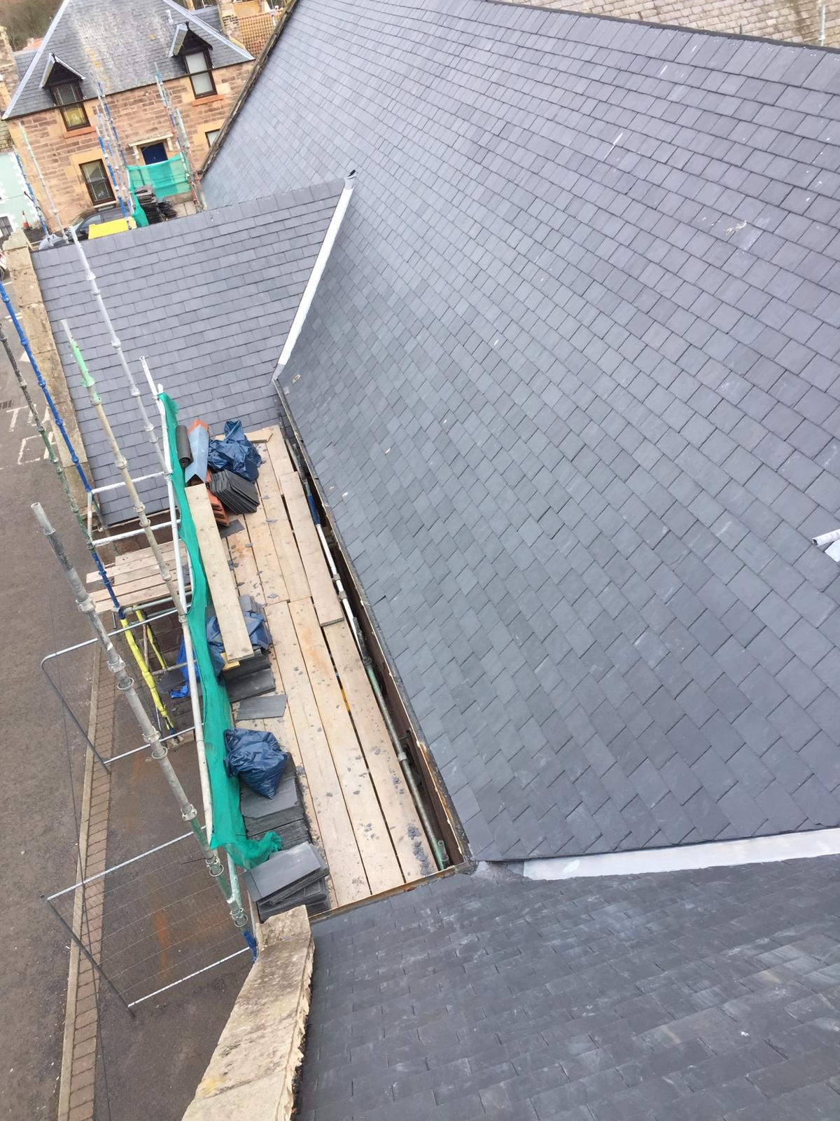 Recruiting roofers now!!