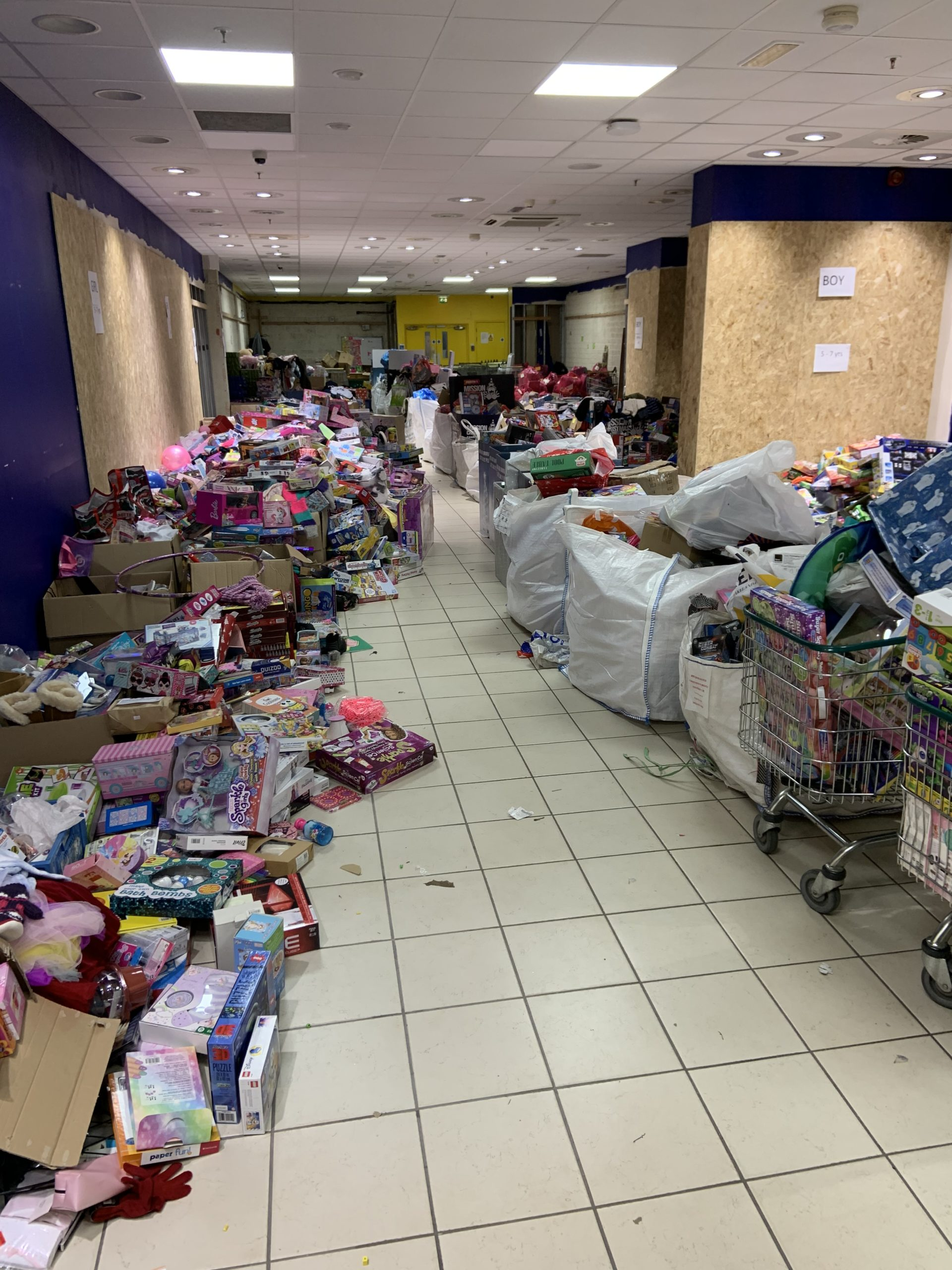 Saltire Delivers 1k Of Gifts To Kids In Need This